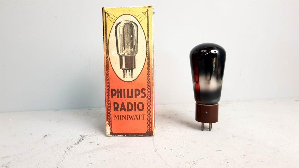 1 valvola tubes PHILIPS MINWATT 245 084