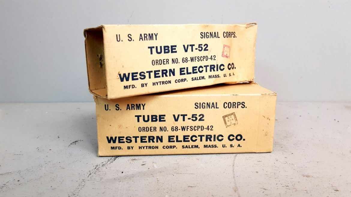 PAIR NOS WESTERN ELECTRIC BY HYTRON VT52 080-081